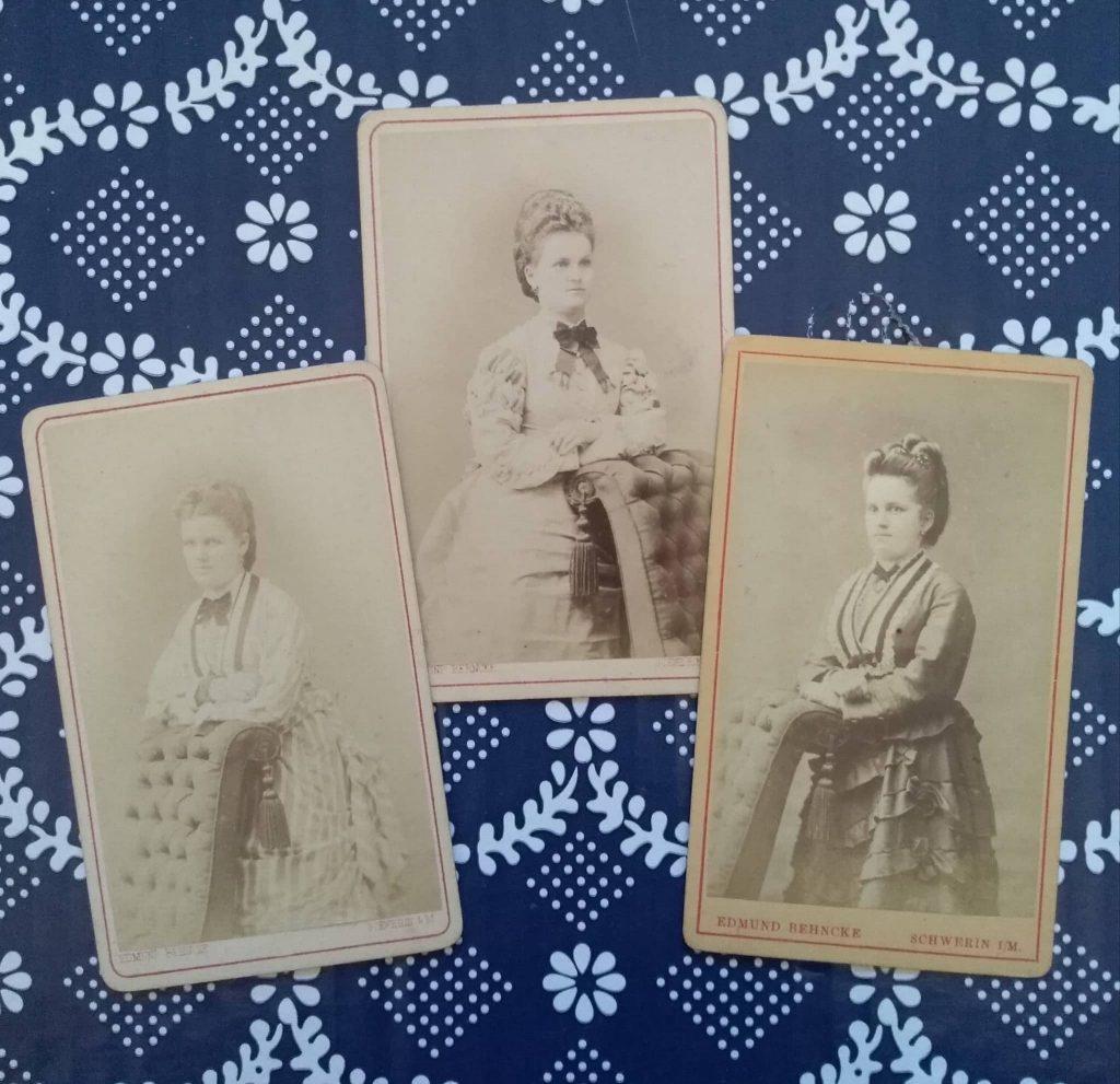 Trzy zdjęcia z połowy lat 1870.